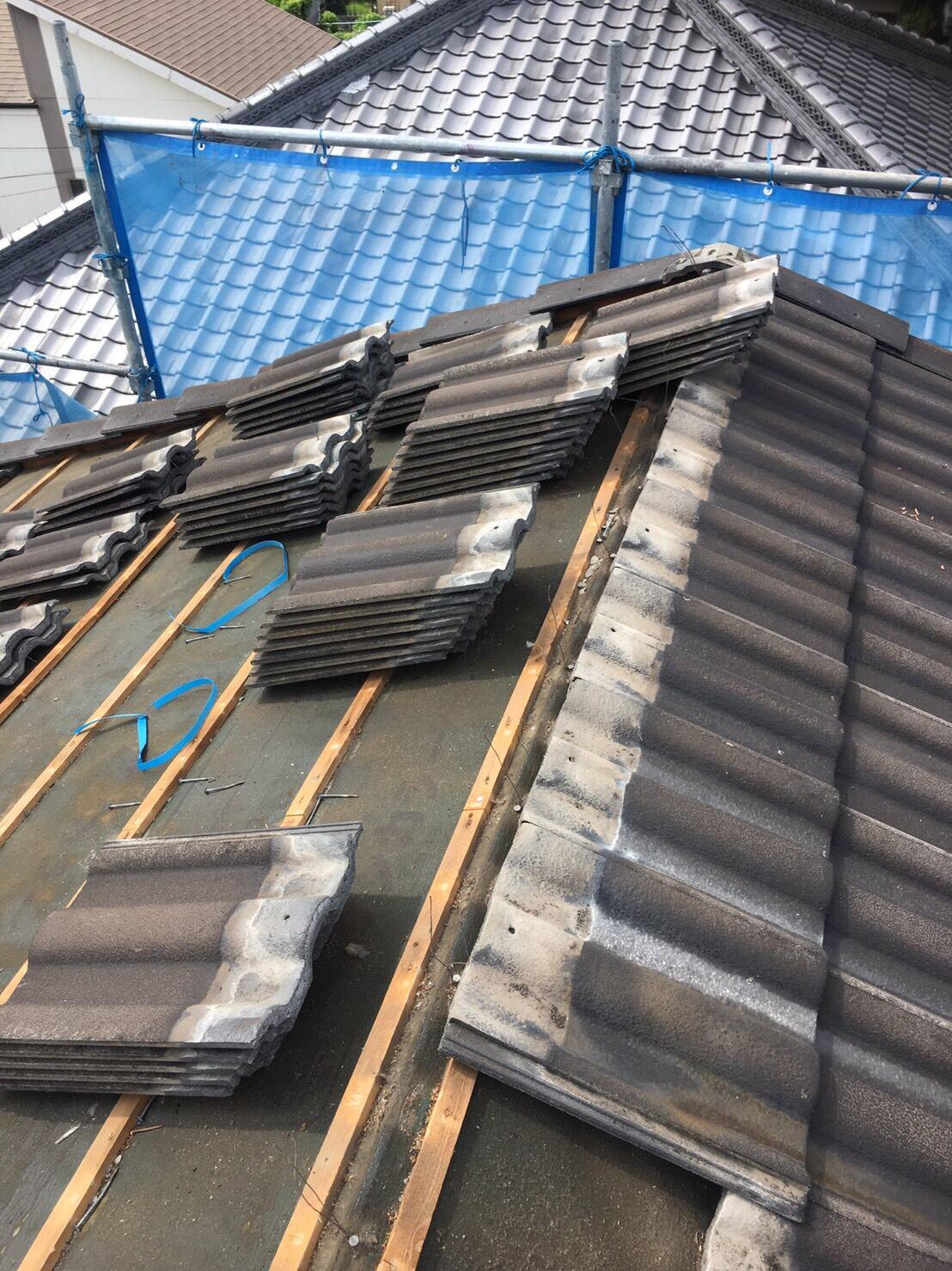 屋根の改修工事とコーキング打ち直し