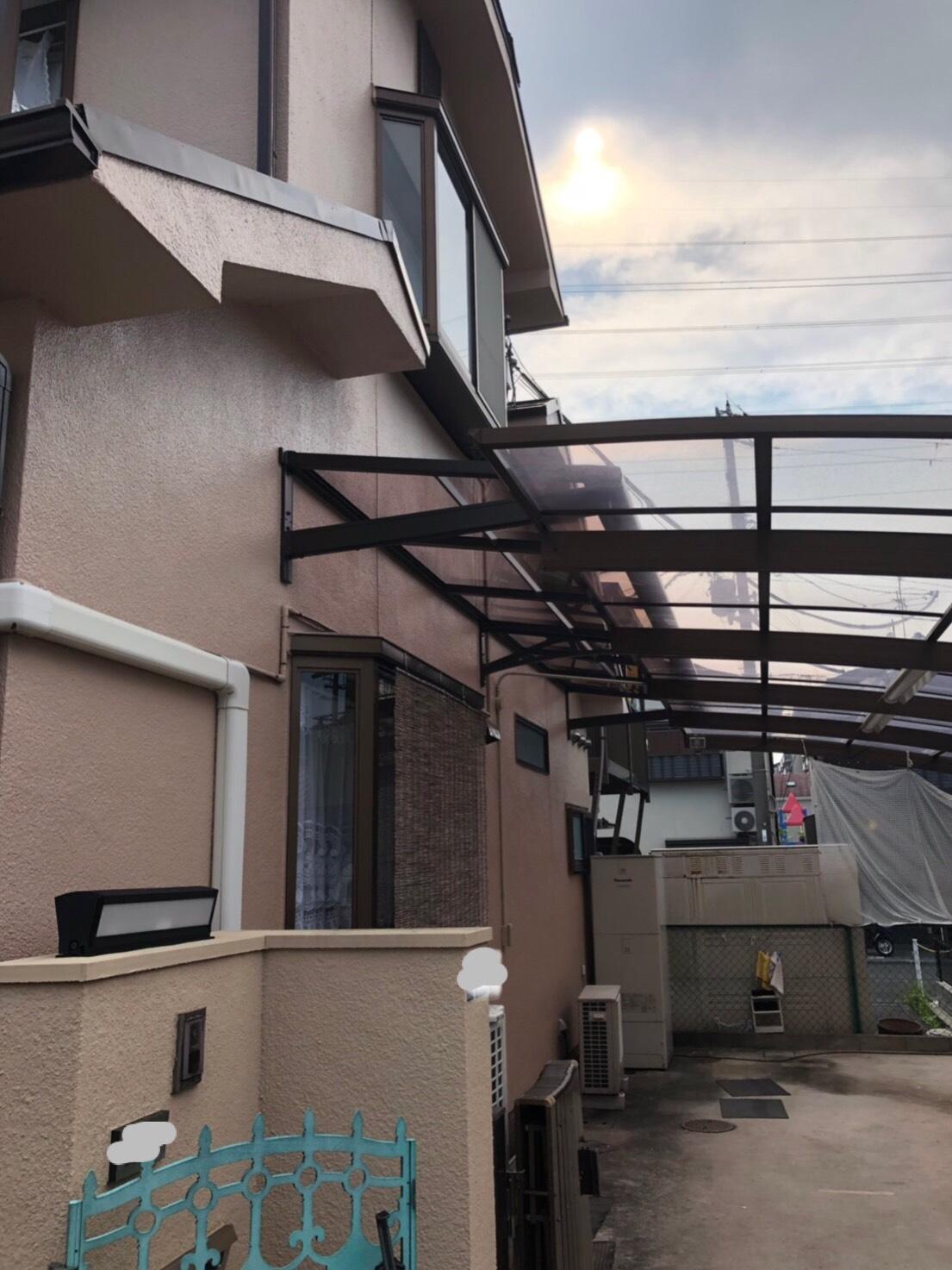 カーポート延長とベランダ屋根の改修工事