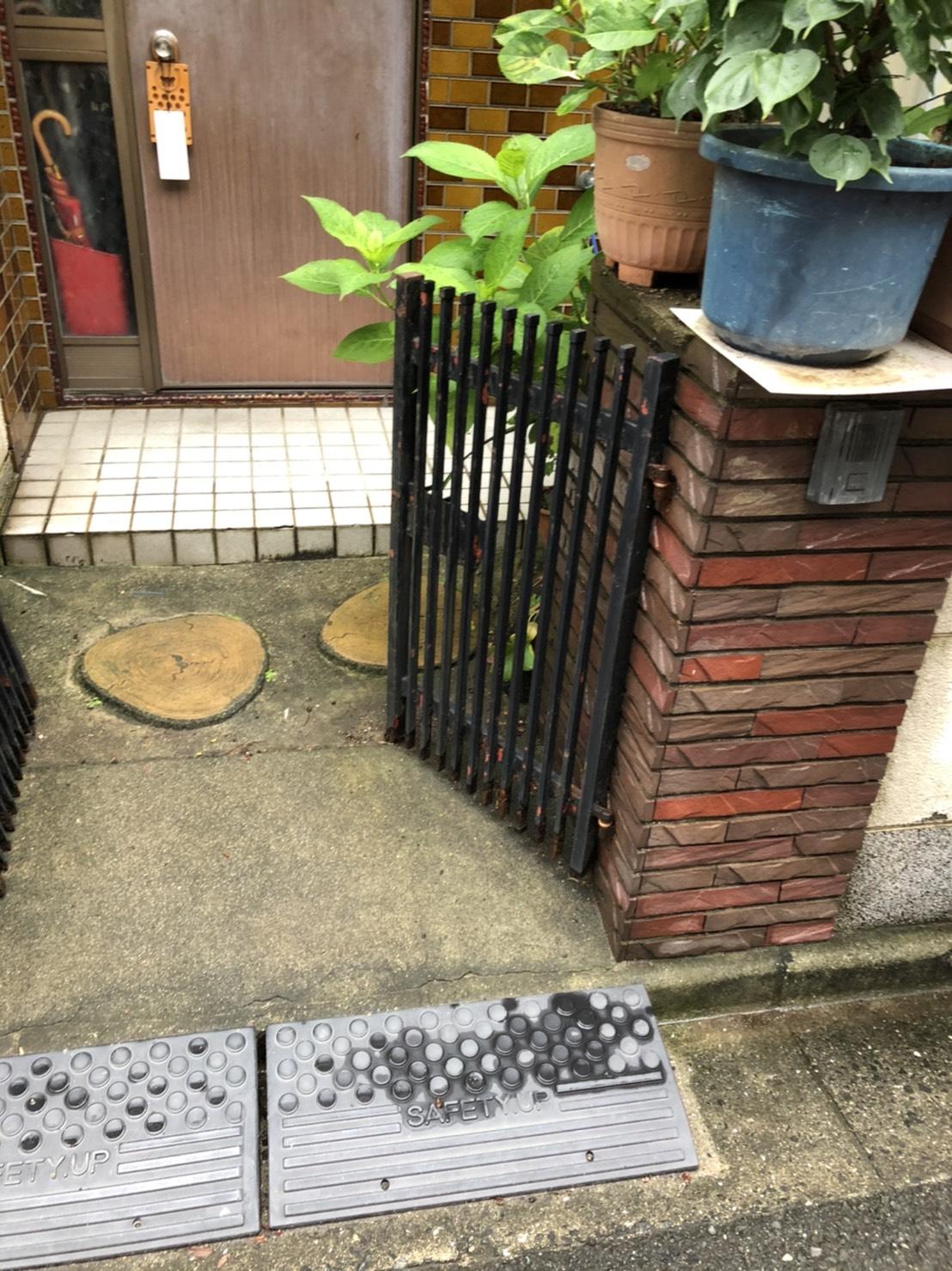 門扉の取り替え工事