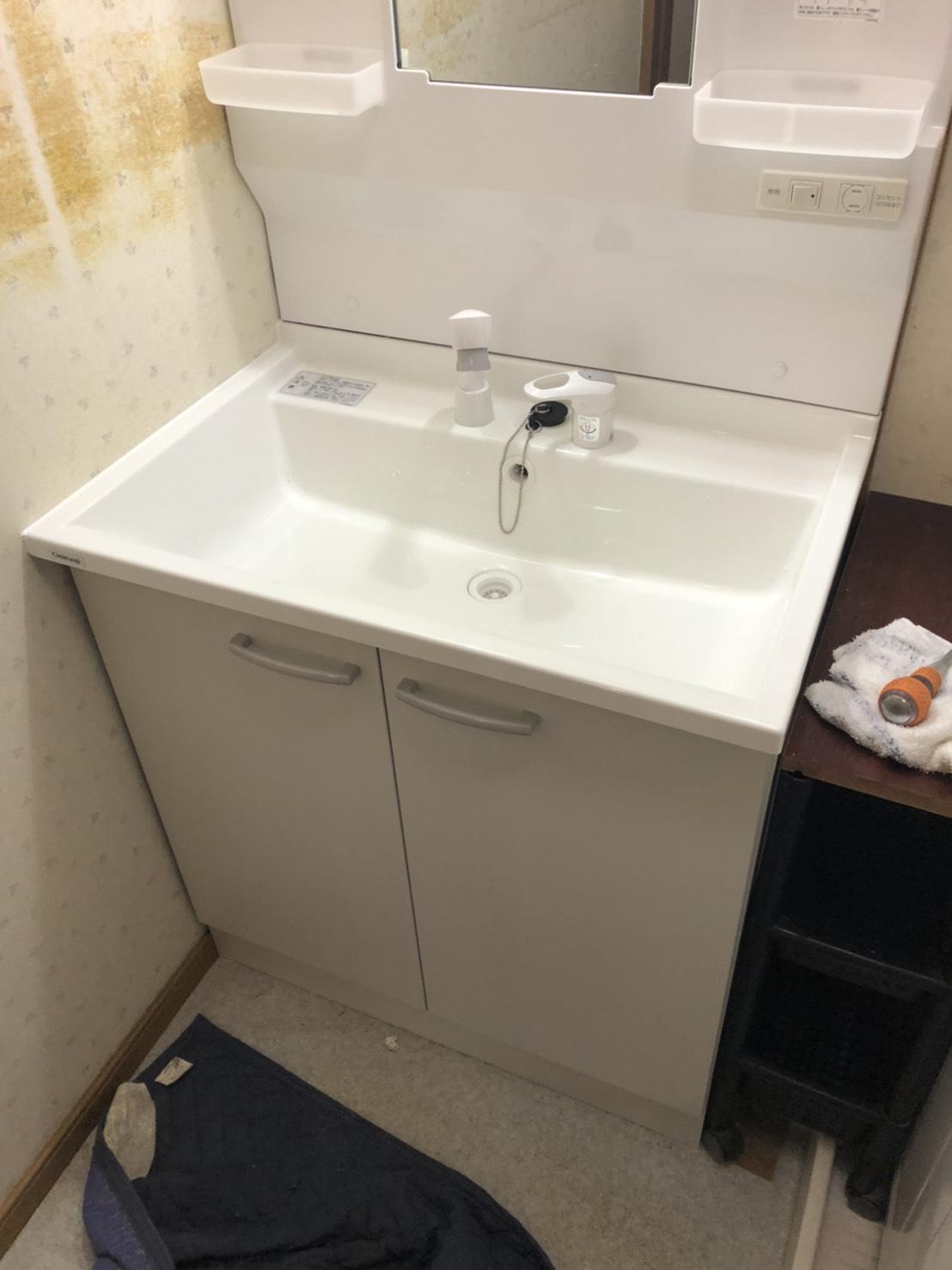 洗面台の取り替え