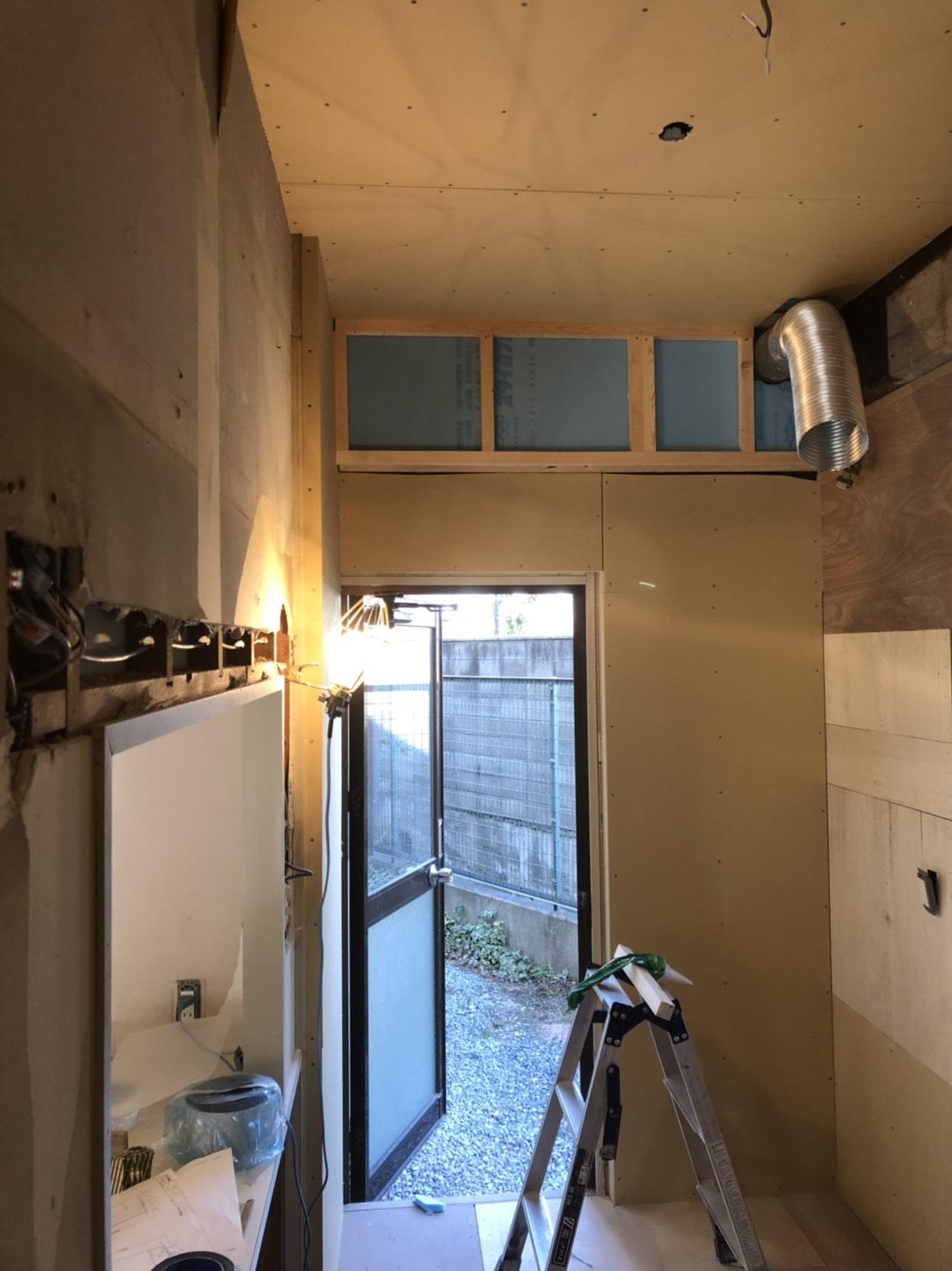八尾市マンションリフォーム※床下配管工事※キッチン壁補修工事