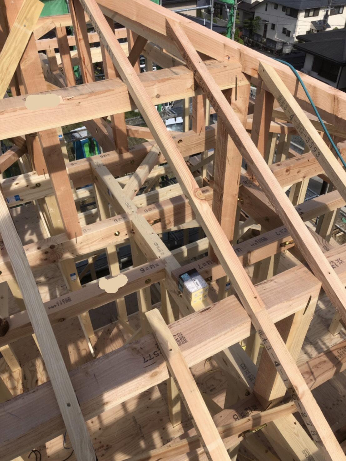 新築工事 棟上げが終わりました